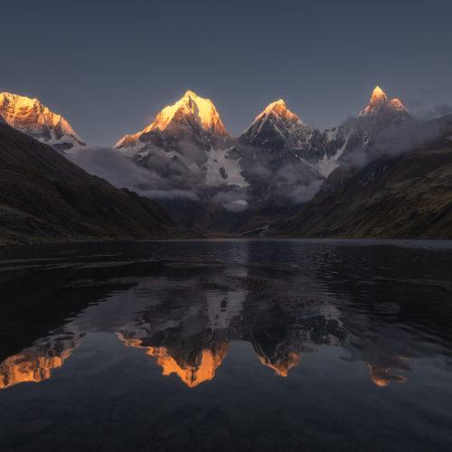 Laguna Carhuacocha Cordillera Huayhuash