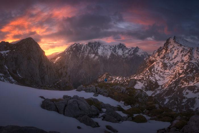 Vega de Ario y Lagos de Covadonga Picos de Europa COMPLETO